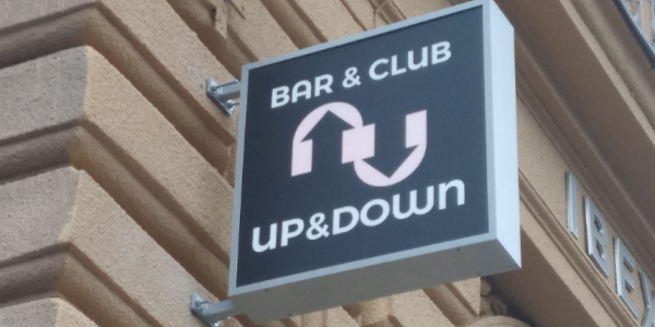GAY erotic guide: Up&Down Bar Praha